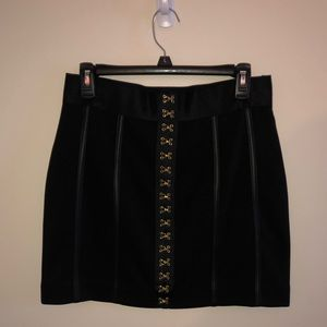 Black Express Skirt w Gold Hook Accents NTW size M